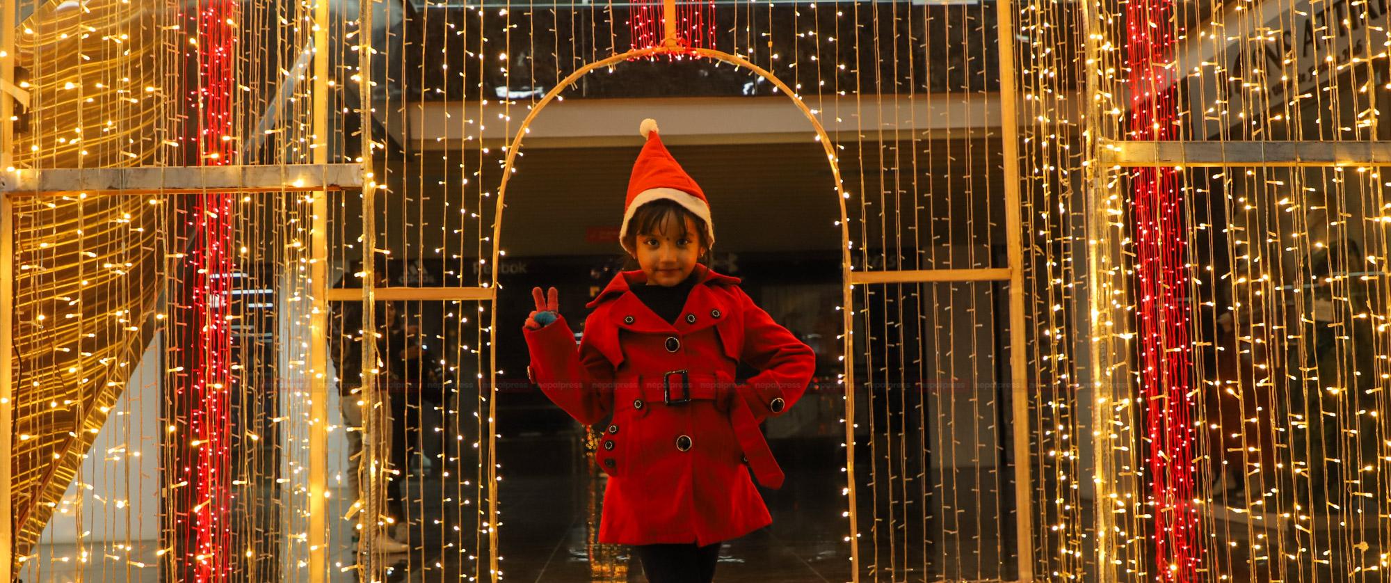 कोरोना कहरमा क्रिसमस इभको रहर (फोटो फिचर)
