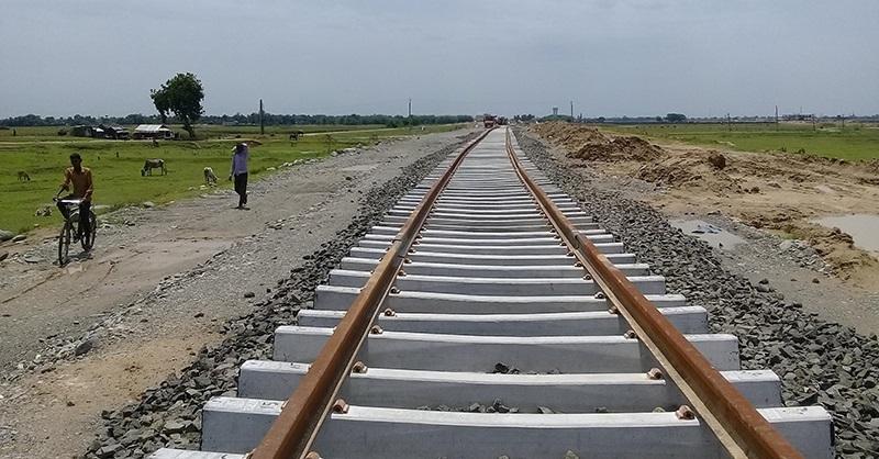बुधनगर–कटहरी रेलमार्ग: भारततिर सरर, नेपालतर्फ लिक पनि बनेन