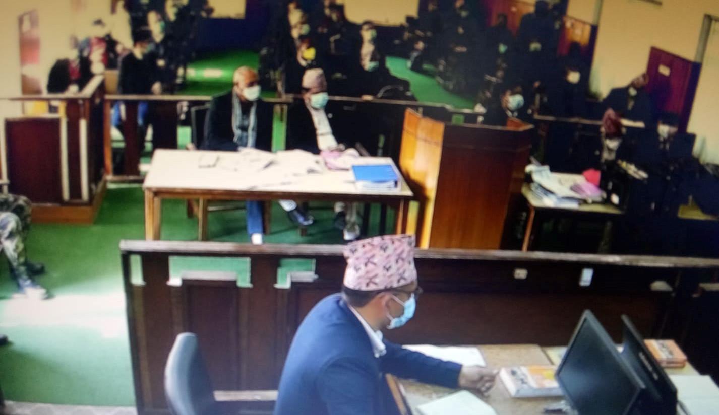 राजपत्रको विषयलाई लिएर संवैधानिक इजलासमा वकीलहरूको बाझाबाझ