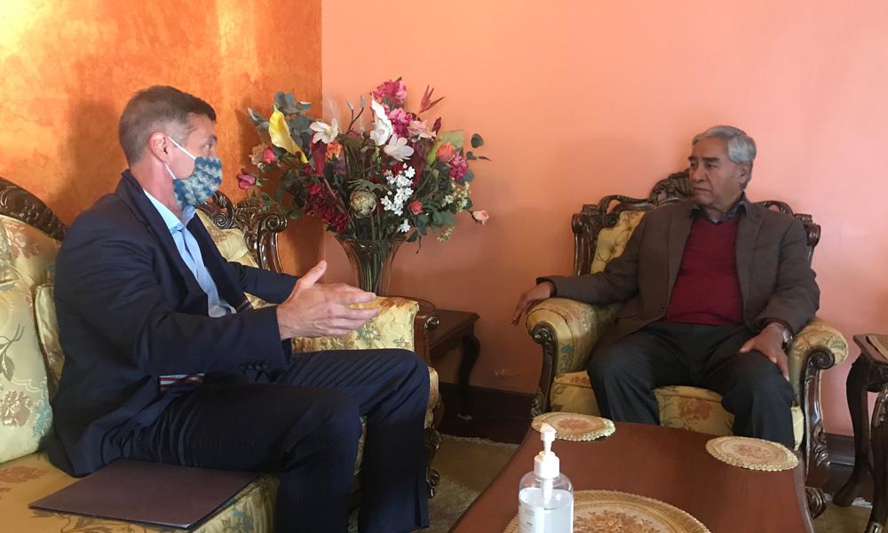 अमेरिकी राजदूतले भेटे कांग्रेस सभापति देउवालाई