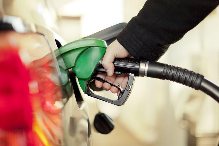 भारतीय बजारमा ४५ दिनमा २४ पटक बढ्यो पेट्रोलियम पदार्थको मूल्य