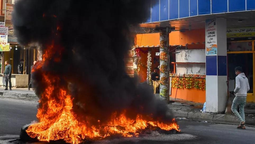 इराकमा चार सरकार विरोधी प्रदर्शनकारीको गोली हानी हत्या