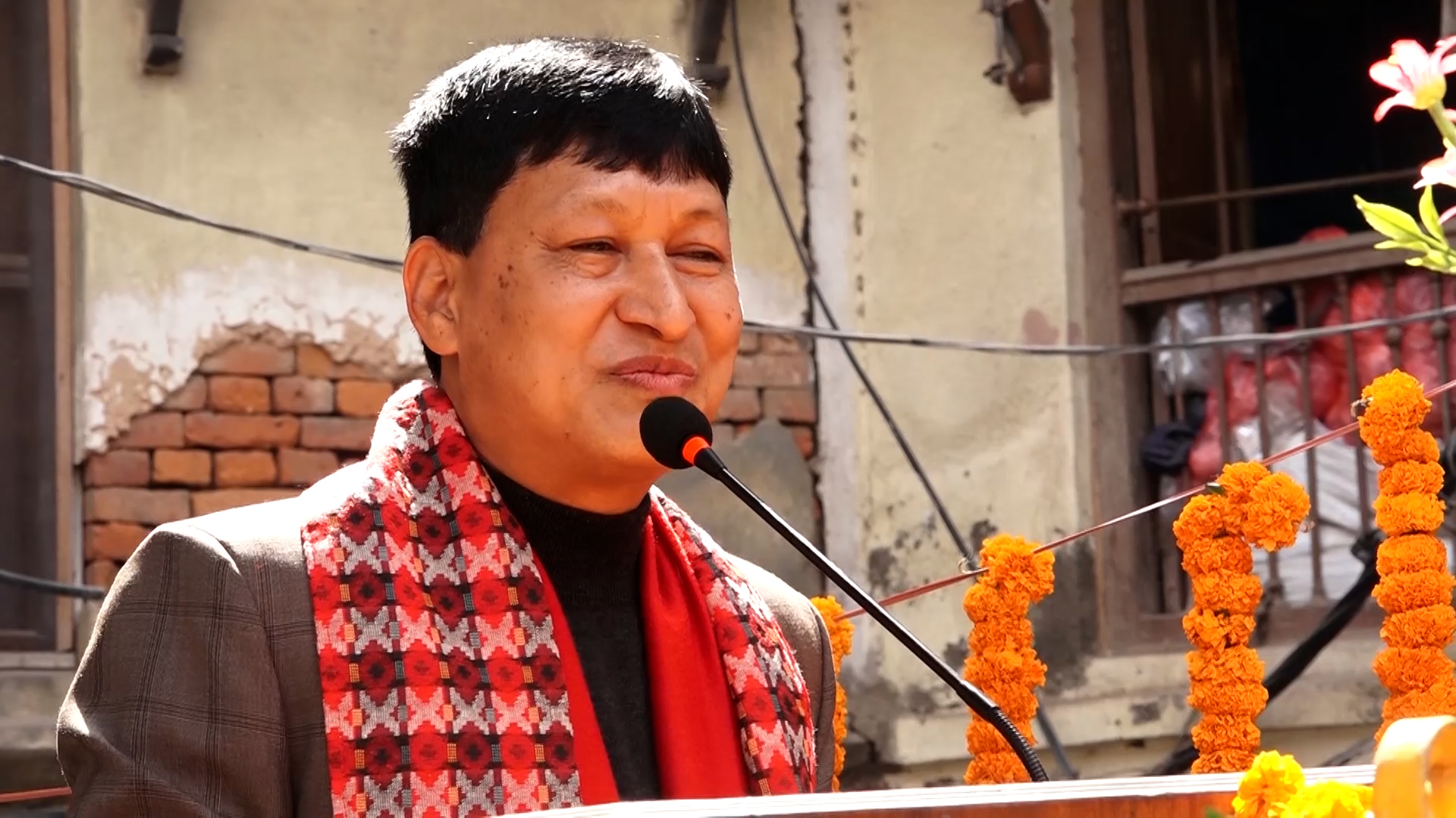 मेलम्ची बाढीपीडितलाई काठमाडौं महानगरले २ कराेड दिने