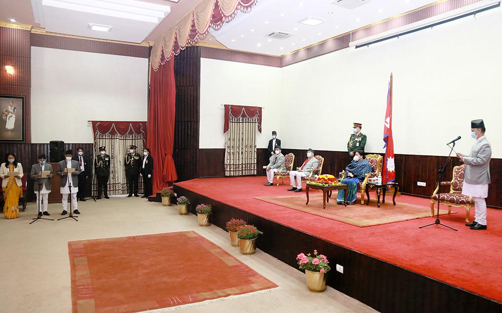 नेकपा विभाजनको असर, उपराष्ट्रपतिद्वारा शपथग्रहण समारोह बहिष्कार