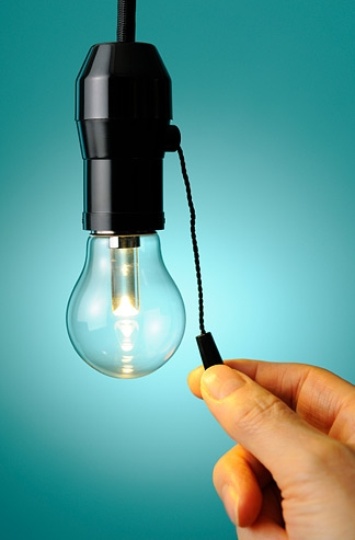 उत्पादित विद्युत् खेर, उपभोक्तादेखि व्यवसायी अध्यारोमा बस्न बाध्य