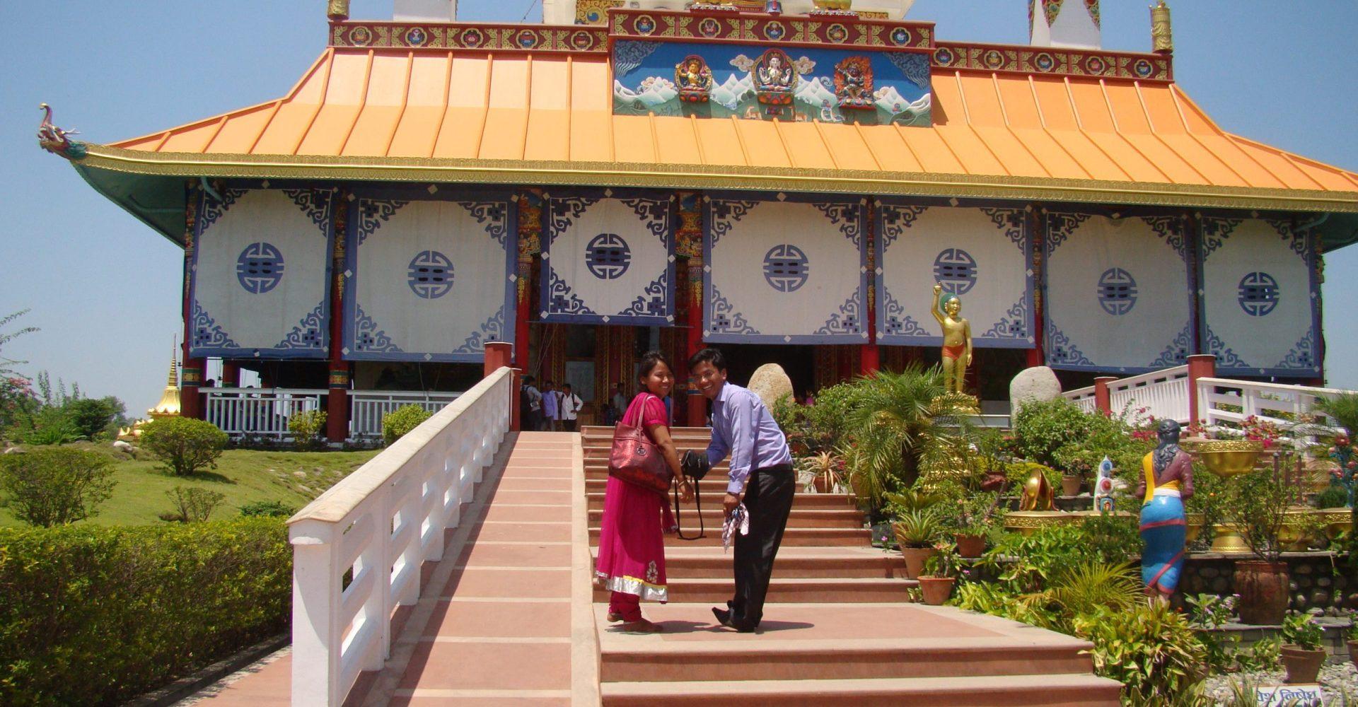 लुम्बिनीमा बढ्न थाले आन्तरिक पर्यटक, दैनिक हजारौले भ्रमण गर्दै
