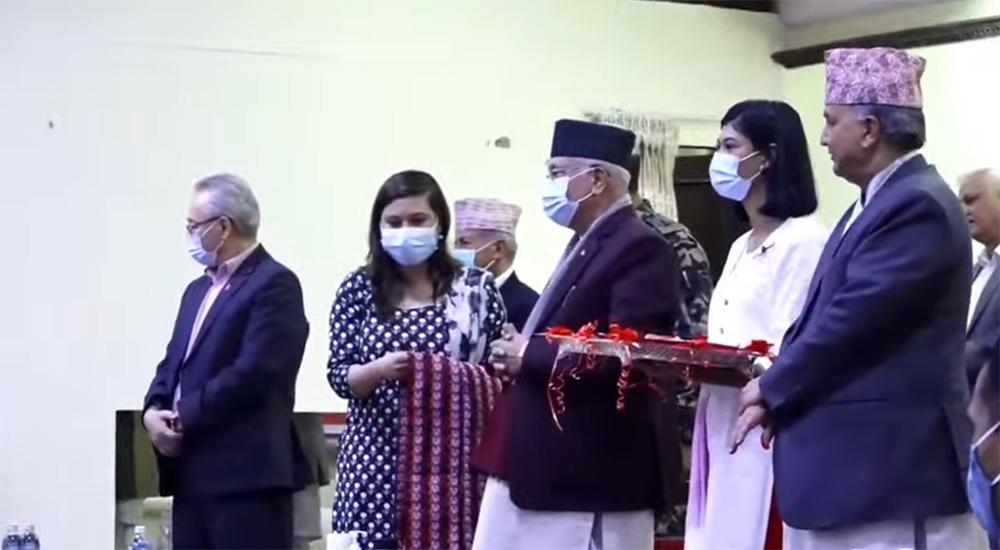 उद्योग वाणिज्य महासंघका पूर्व उपाध्यक्ष सहित २३५ उद्योगपति एमालेमा प्रवेश (भिडियो)