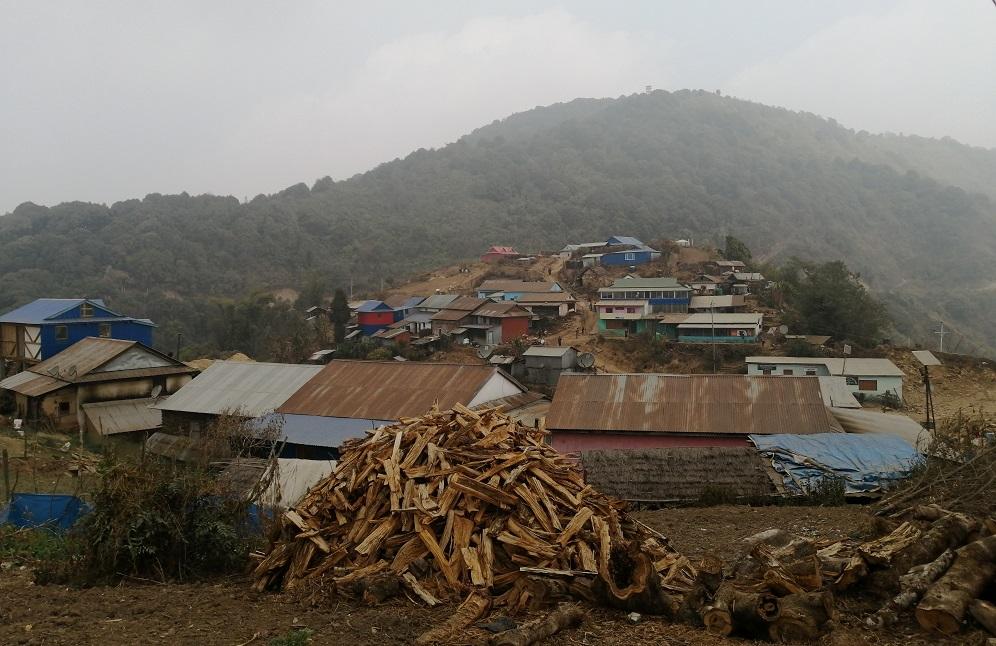 प्रहरी र संचार सुविधामा तड्पिंदै जेफाले