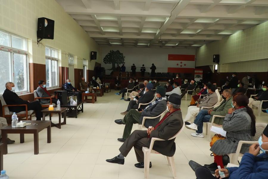 तयारी नपुगेको भन्दै कांग्रेस बैठक स्थगित