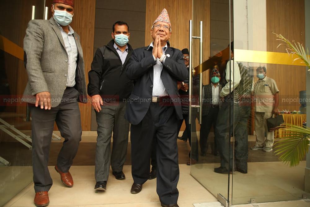 माधव नेपाल पक्षको बैठक बस्दै, अलग अभियानको घोषणा हुने