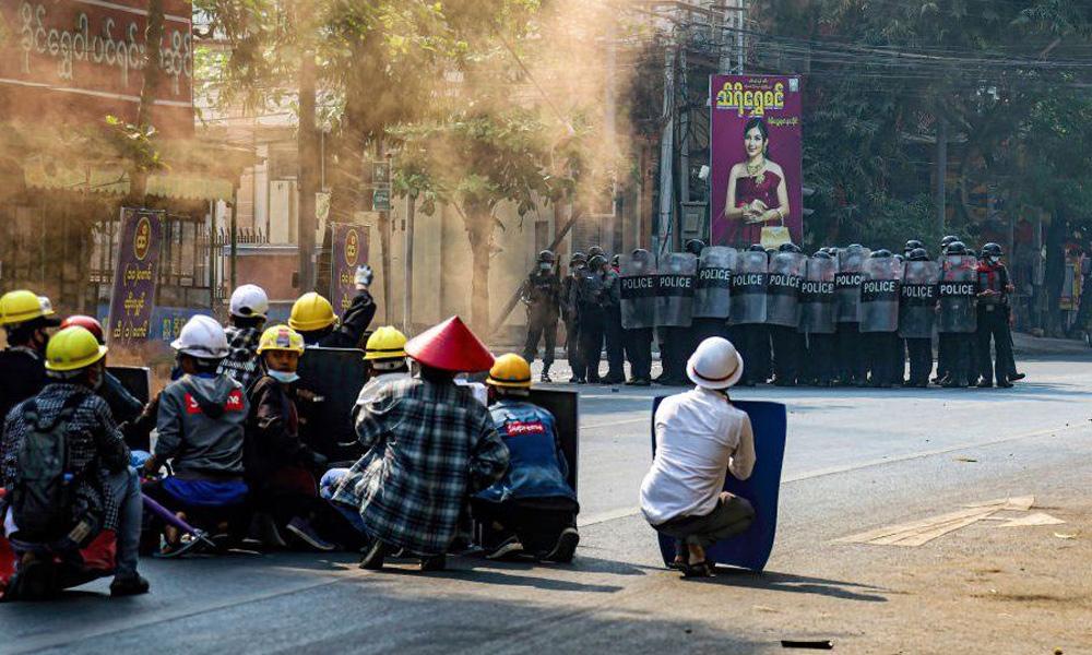 म्यानमार : सेनाविरुद्धको प्रदर्शनमा एकैदिन ३८ जनाको मृत्यु