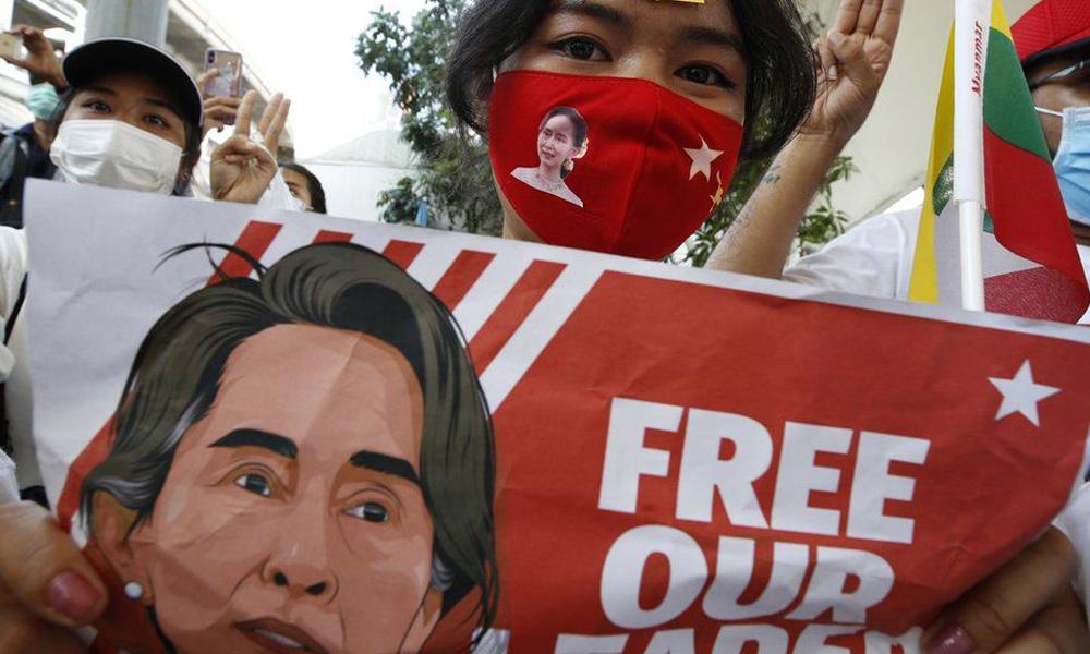 म्यानमार कू : सेनाको गोलीले एकैदिन २१ को मृत्यु, थप जिल्लामा प्रतिबन्ध विस्तार