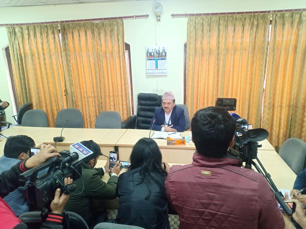 संसद सचिवालयले भन्यो- नेकपा विभाजनको पत्र आएको छैन, सबै सांसद सत्तापक्षमै बस्छन् (भिडियो)