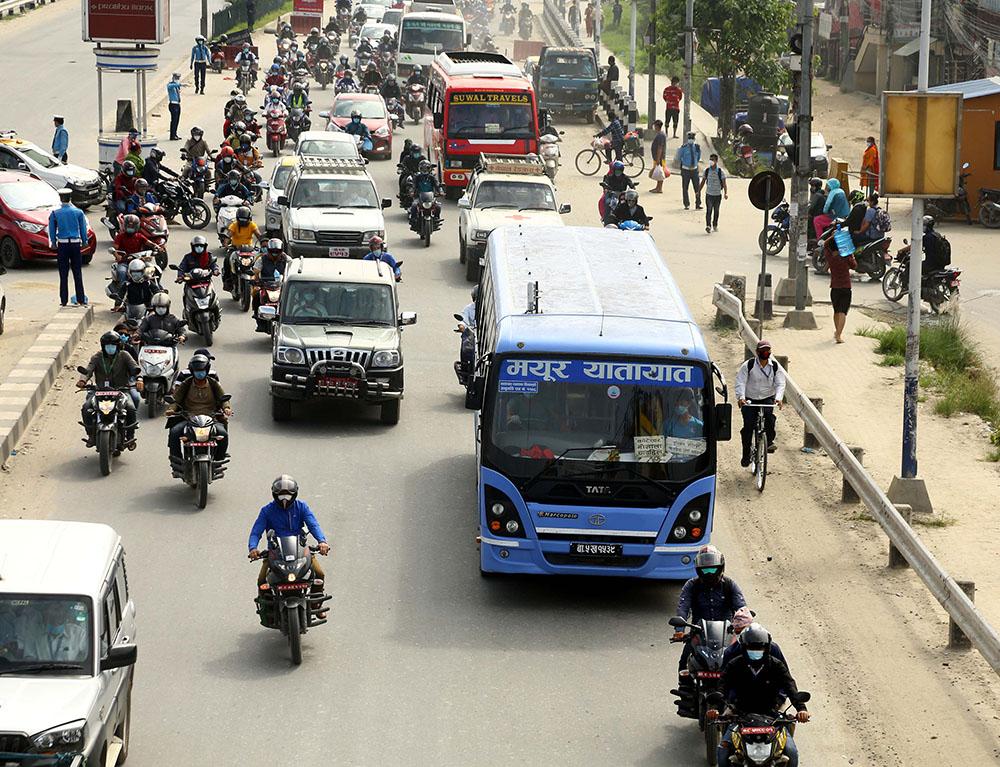सुदूरपश्चिममा ६४ हजार सवारी साधन कारबाहीमा