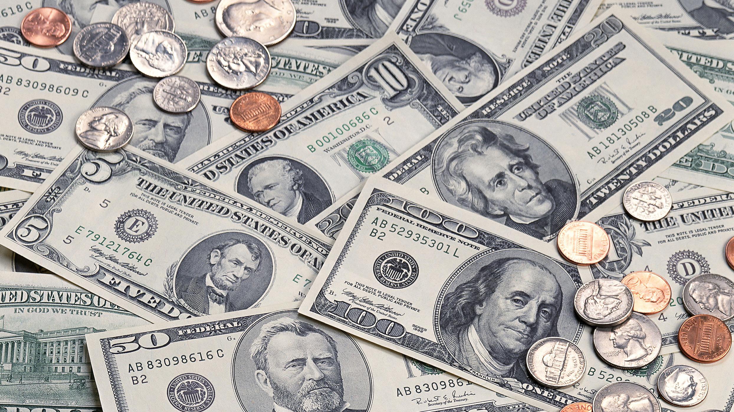 भारतीय मुद्रा कमजोर हुँदा नेपाली रुपैयाँमा असर, एकै दिन डलरको मूल्य झण्डै दुई रुपैयाँले बढ्यो