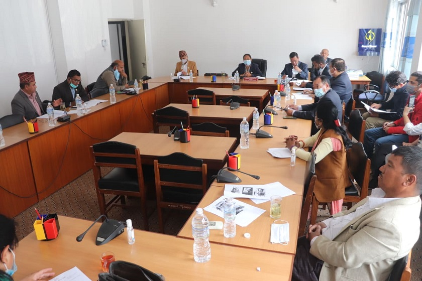 अक्सिजन सिलिन्डर र आईसीयूको अभाव हुन नदिन संसदीय समितिको निर्देशन