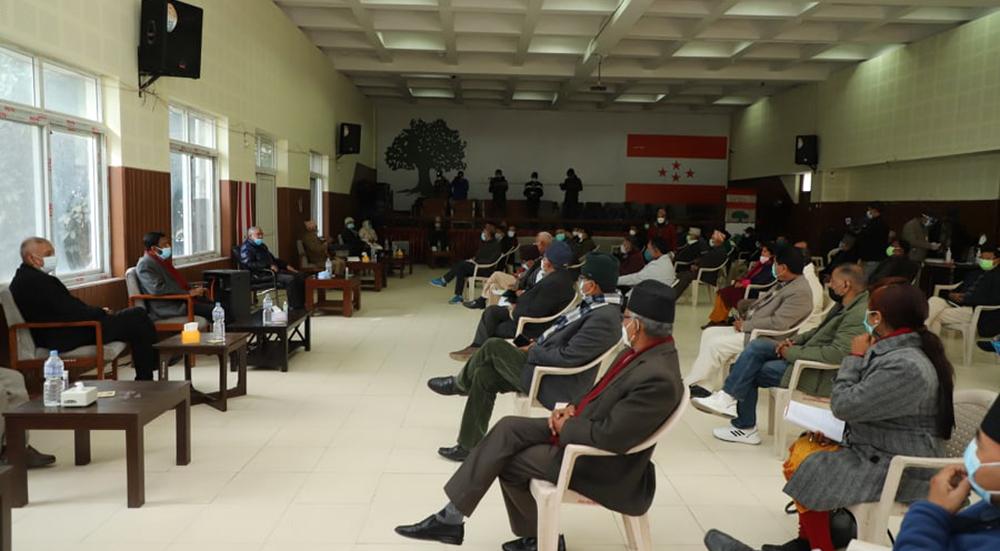 भोलिको कांग्रेस बैठक स्थगित, सबै नेताले कोरोना परीक्षण गरेपछि बस्ने