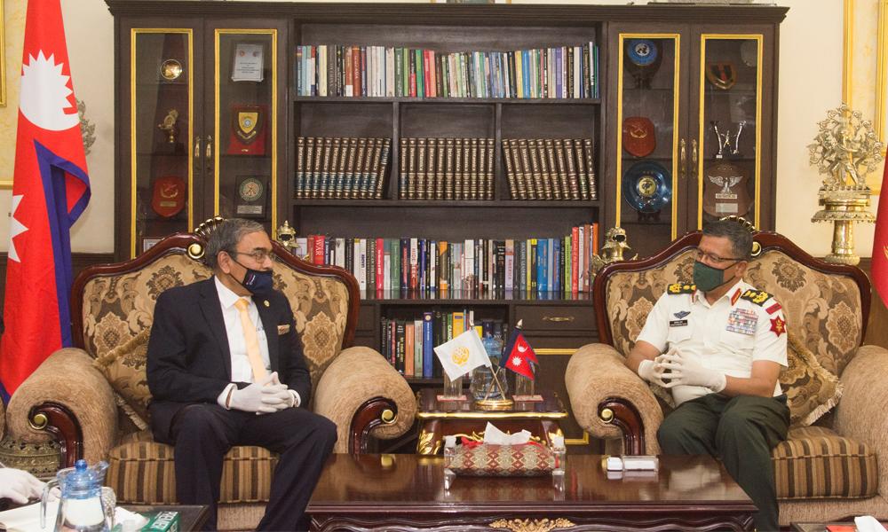 प्रधानसेनापति थापासँग सार्क महासचिव र श्रीलंकाली राजदूतको भेट