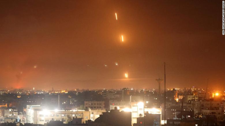 इजरायल र प्यालेस्टाइनबीच तनाव चर्कियो, हवाइ हमलामा गाजा क्षेत्रमा ३५ को मृत्यु