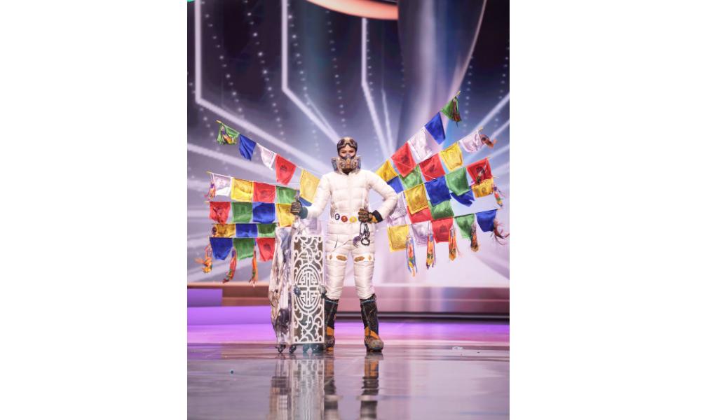 मिस युनिभर्समा नेपालले प्रस्तुत गर्यो नेसनल कस्ट्युम, मतदान खुला