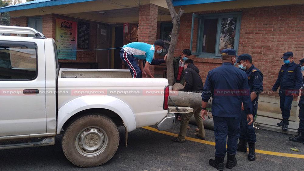 नेपाल प्रहरीकाे सक्रियतामा पछिल्लो २४ घण्टामा ६७३ अक्सिजन सिलिन्डर संकलन
