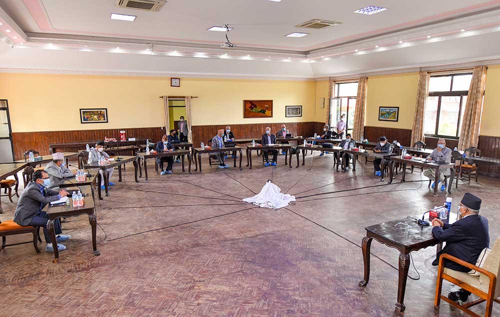 एमाले बैठक : पार्टीविरुद्ध मतदान गर्ने नेता र जनप्रतिनिधिप्रति भर्त्सना
