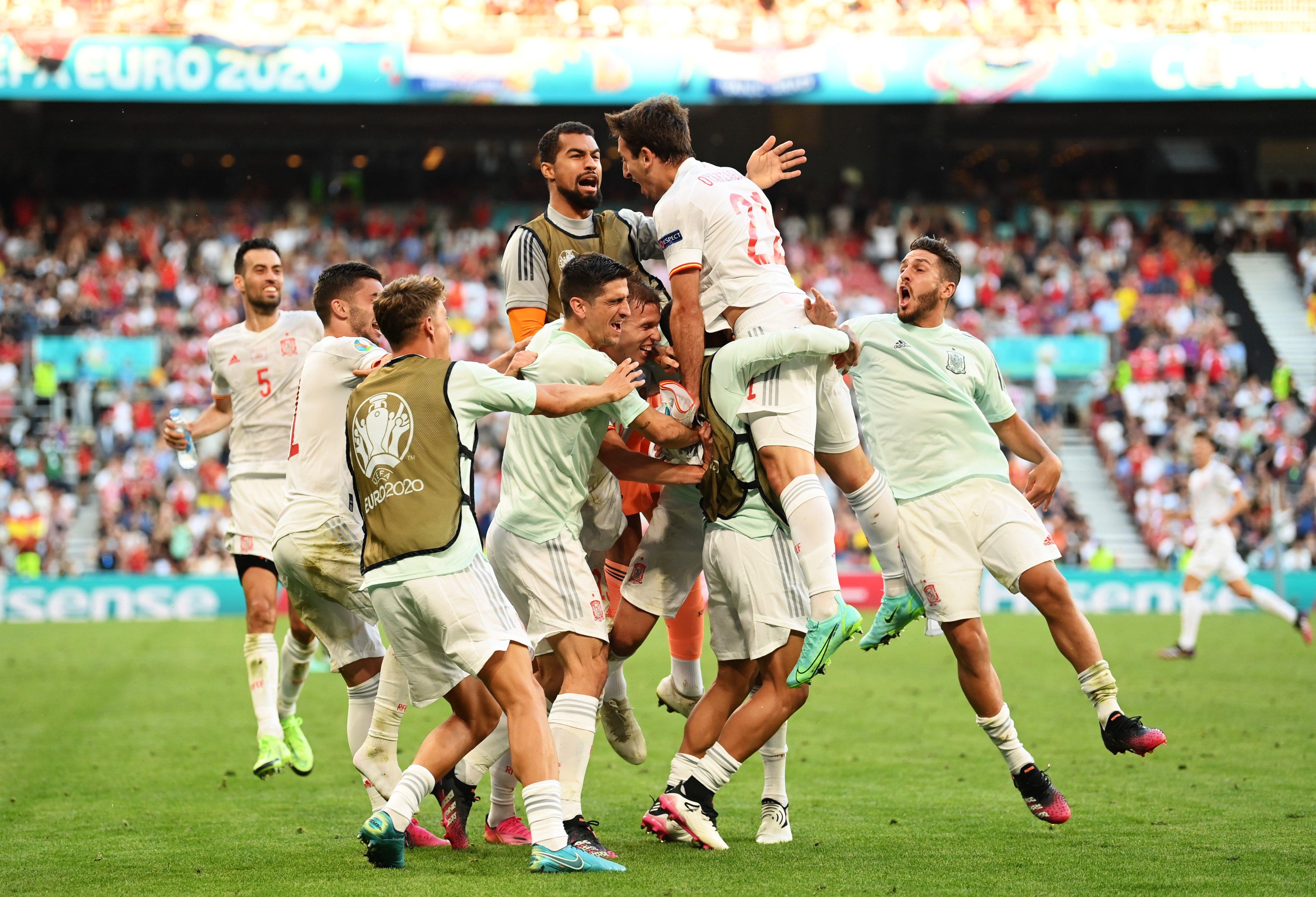 क्रोएसियाविरुद्ध नाटकीय जित निकाल्दै स्पेन क्वार्टरफाइनलमा