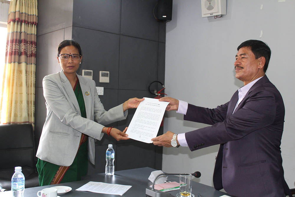 सरकार-थरुहट सहमति, रेशम चौधरीलगायतको रिहाइका लागि कानूनसम्मत पहल गर्ने