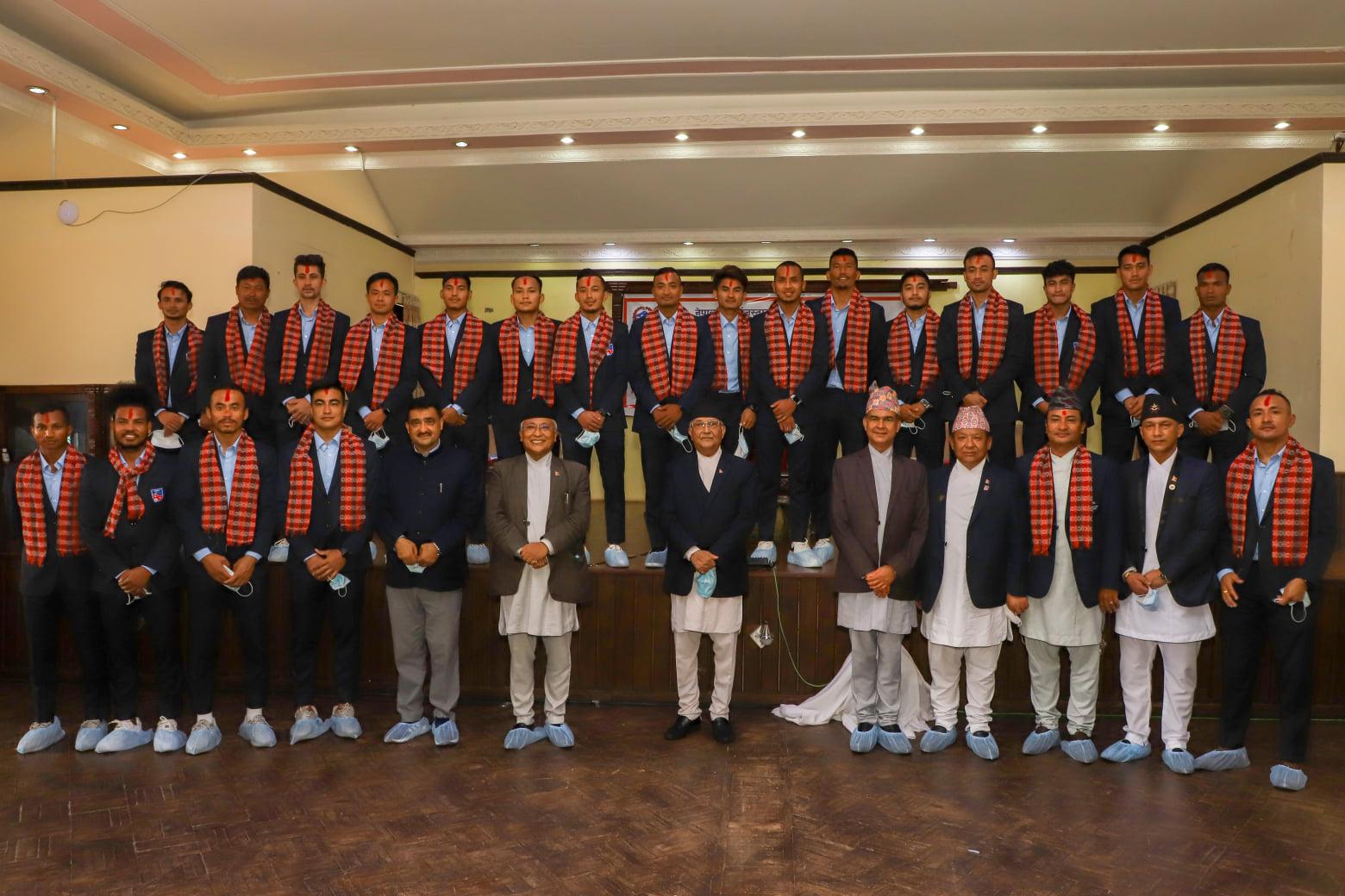 थ्री नेसन्स कप च्याम्पियन राष्ट्रिय फुटबल टोली सम्मानित (भिडियो)
