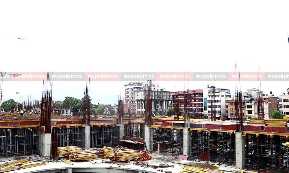 १२ भवनसहितको नयाँ संसद भवन निर्माणाधीन, बगैंचादेखि बंकरसम्म बन्दै (फोटो/भिडियो)