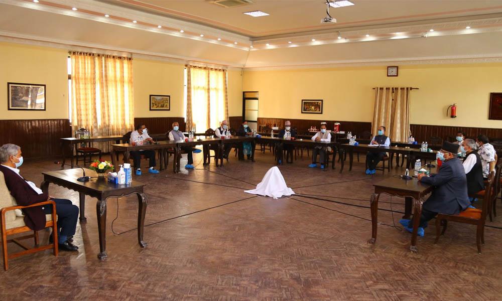 मन्त्रिपरिषद् तत्कालै विस्तार, माधव नेपालसहित शीर्ष नेताको बैठकले सबै नियुक्तिको मापदण्ड बनाउने