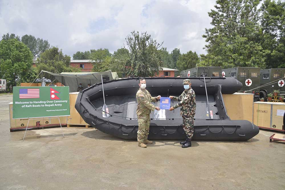 अमेरिकाले नेपाली सेनालाई दियो ४ रेस्क्यू बोट
