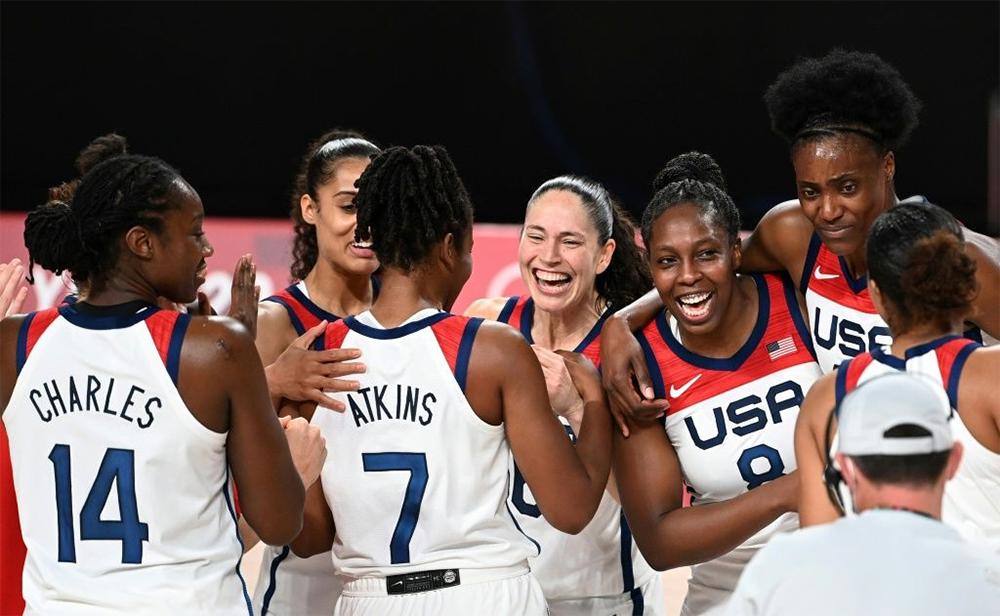 ओलम्पिकमा लगातार सातौंपटक महिला बास्केटबलमा अमेरिकालाई स्वर्ण