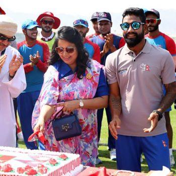 खेलअघि ओमानको क्रिकेट मैदानमा मनाइयो नेपालको संविधान दिवस
