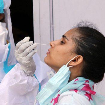 कोरोना संक्रमणदर घट्दै, पछिल्लो २४ घण्टामा थपिए ७ सय संक्रमित