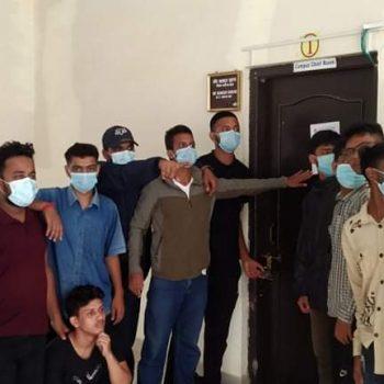 अनलाइन कक्षाको पुरै शुल्क लिएको भन्दै लुम्बिनी बौद्ध विश्वविद्यालयमा तालाबन्दी