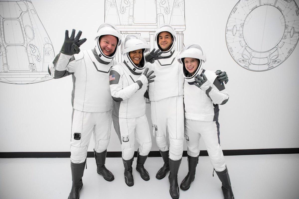 पहिलोपटक चारजना सर्वसाधारण अन्तरीक्षतर्फ, स्पेस पर्यटनमा ठूलो फड्को