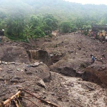 सुदूरपश्चिममा बाढी र पहिरोको वितण्डाः १४ जनाको मृत्यु, २८ बेपत्ता, ६२ उद्दारको पर्खाइमा (अपडेट)