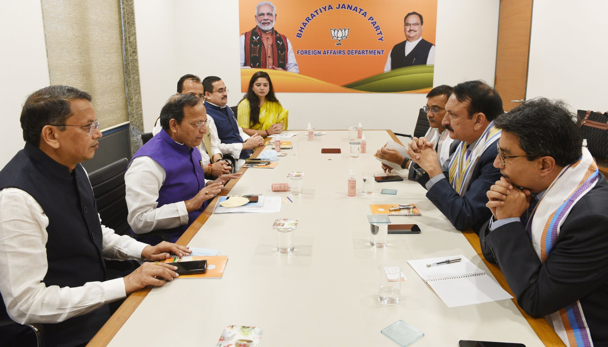 कांग्रेस प्रतिनिधिमण्डल र बीजेपी महासचिवबीच दिल्लीमा भेटवार्ता