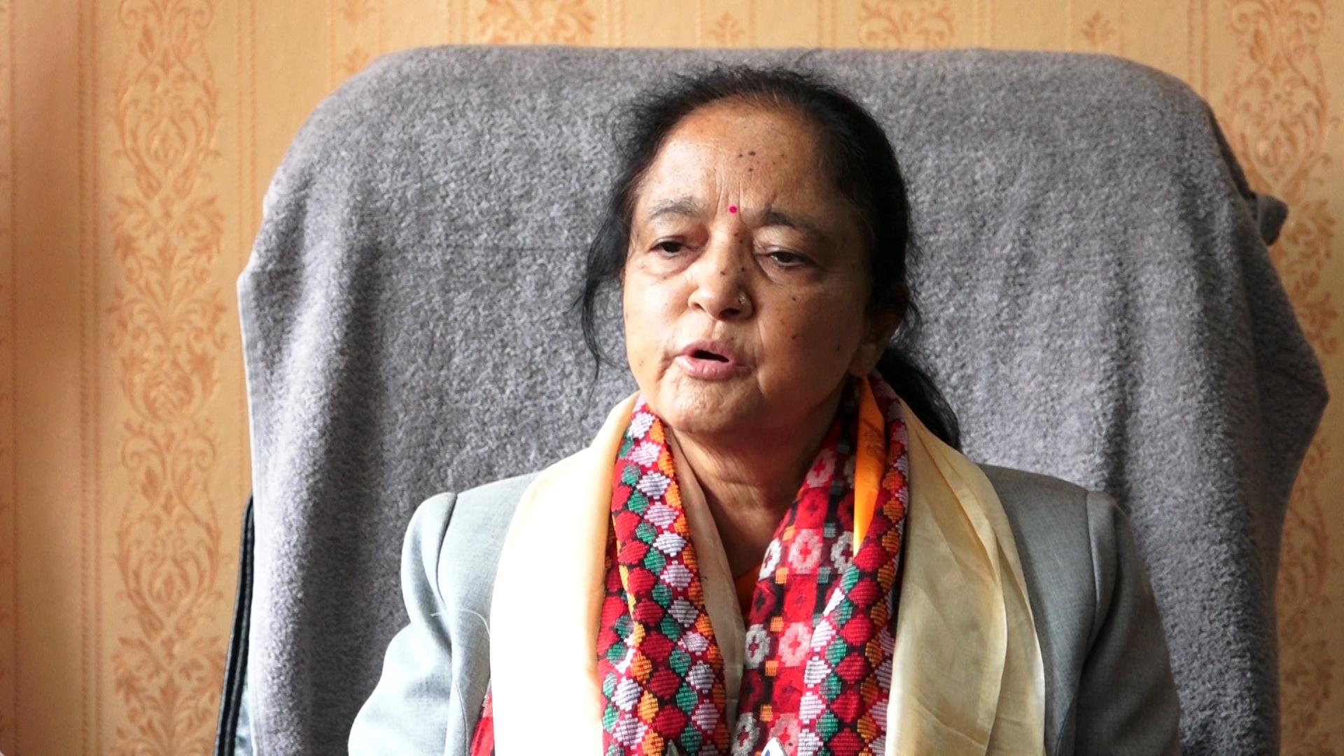बाढीपहिरोबाट प्रभावित महिला, ज्येष्ठ नागरिकलाई छुट्टै राहत दिन्छाैं : मन्त्री रेग्मी (भिडिओ)
